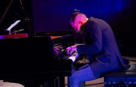 Jazz Pianist Alan Bartus