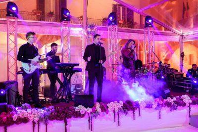 Aurora Party Band